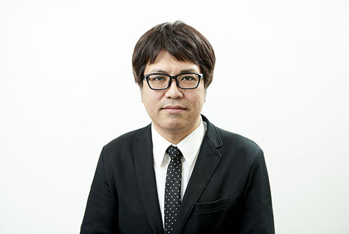 ph_staff009.JPG